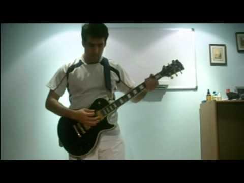 Умеет играть на гитаре