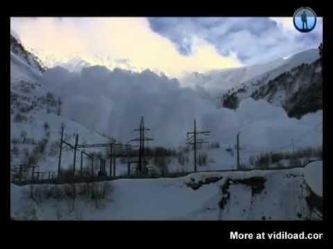 Съемки снежной лавины до самого ее прихода