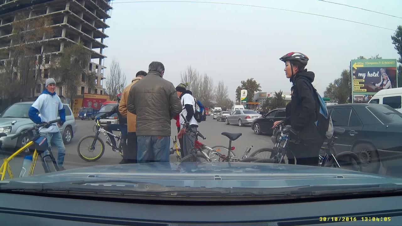 Закрытие байк-сезона в Киргизии
