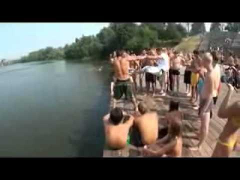 Трюки при прыжках в воду