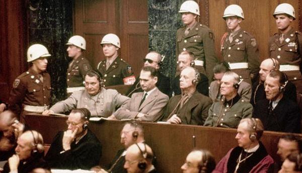 Как ловили Тоньку-пулемётчицу и других военных преступников после войны