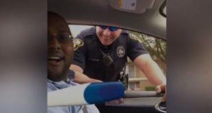 Офицер остановил мужчину за отсутствие детского автокресла, затем он видит тест на беременность. Хм!