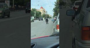 Ростовские пацаны наблюдают за обстановкой (звук)