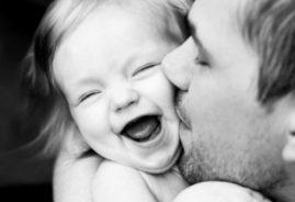 Отношения папы с дочкой