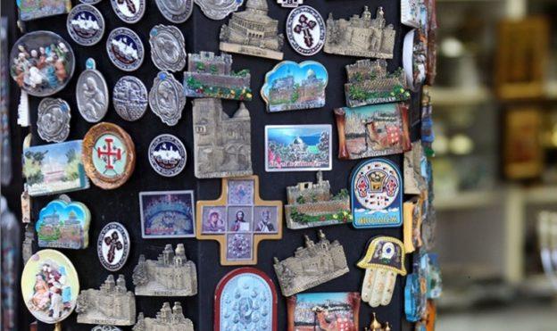 Магниты — символ путешествий. История создания популярного сувенира…