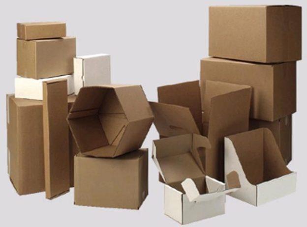 Самые разные картонные коробки