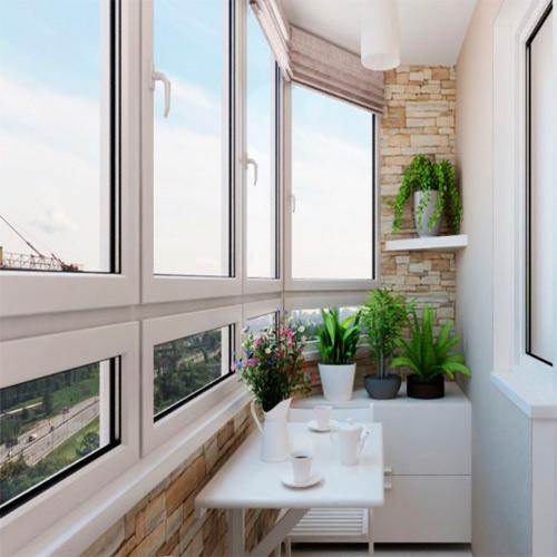 Какой выбрать вид остекления балкона или лоджии.
