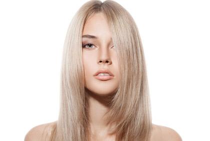 Женская стрижка волос лесенкой