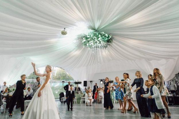 Проведение нестандартной свадьбы