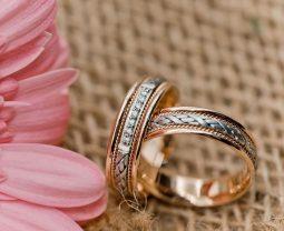 Золотой сезон: обручальные кольца не как у всех