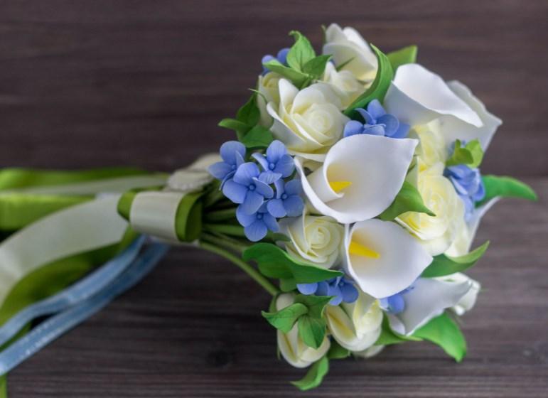 Цветы в свадебном букете: каллы