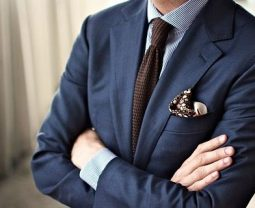 Шейный платок – показатель стиля. Модные способы завязать платок