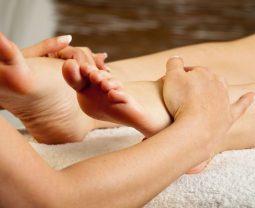 Чем полезны массажеры для ног
