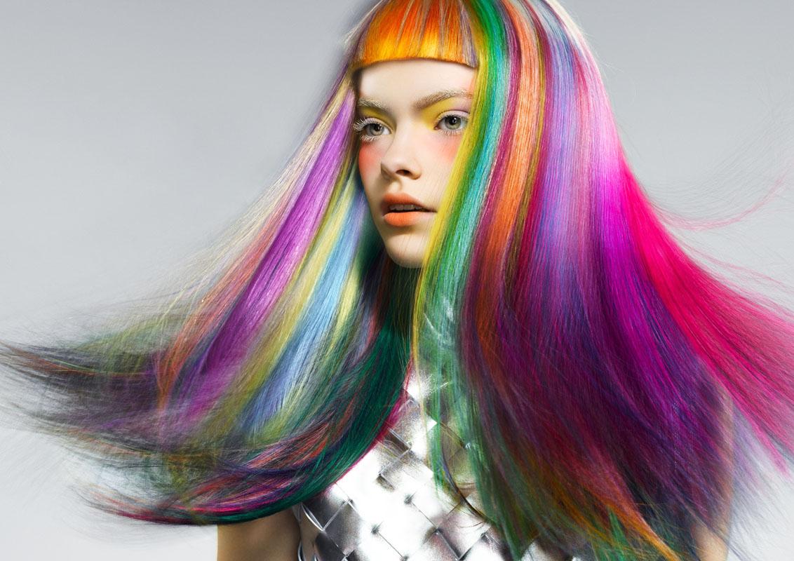 Цветные волосы без вреда: рейтинг безопасных профессиональных красок