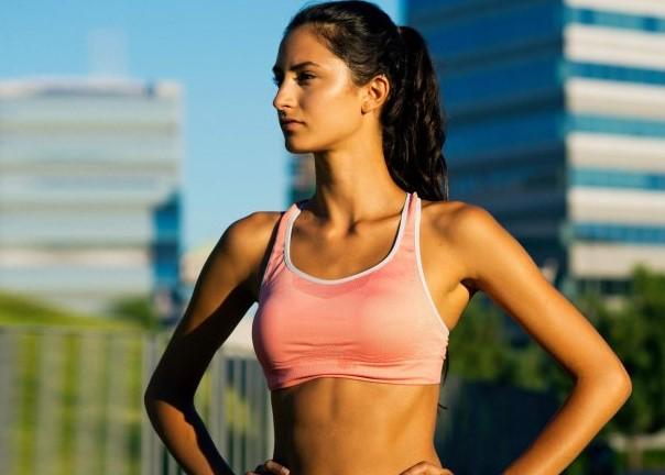 Бюстгальтеры для занятий спортом — как их правильно выбрать?